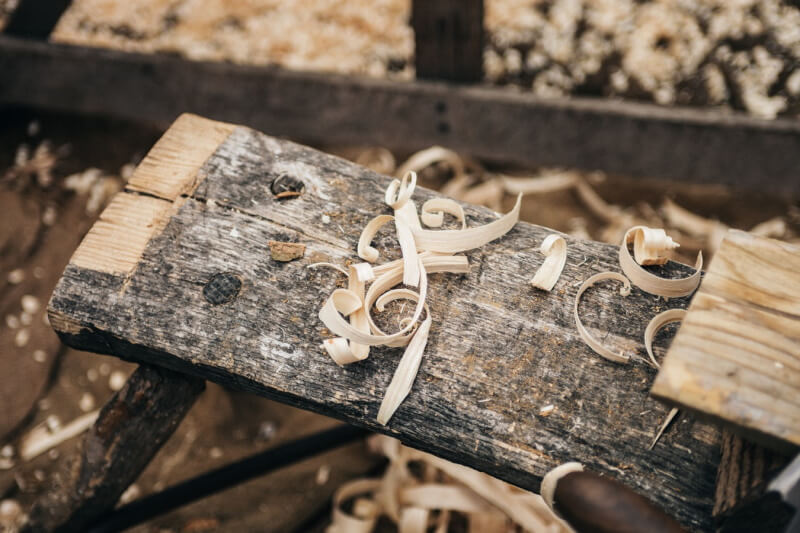 Τρίμματα από φυσική επεξεργασία ξύλου
